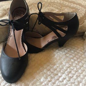 Black ankle tie 2inch heel